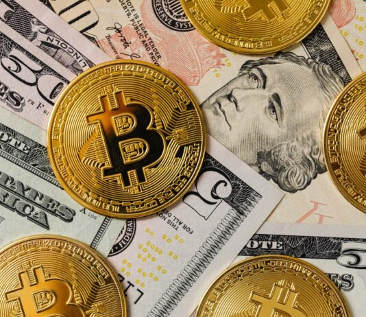 Why Small Businesses Should Consider Accepting Cryptocurrency Payments