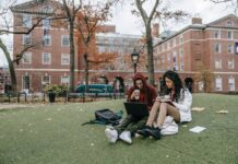 12 Essential Tips in Choosing a Career for College Students